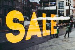 セールの広告