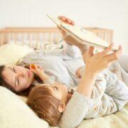 出産祝いならこの絵本17選!現役ママがおすすめする定番~しかけ絵本も