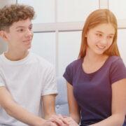 彼女さん向け!おうちデートで「彼氏が喜ぶ」映画24選&おすすめVOD