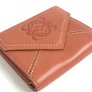 レディース向けロエベのおすすめ財布13選を紹介!上品なエレガントさが魅力